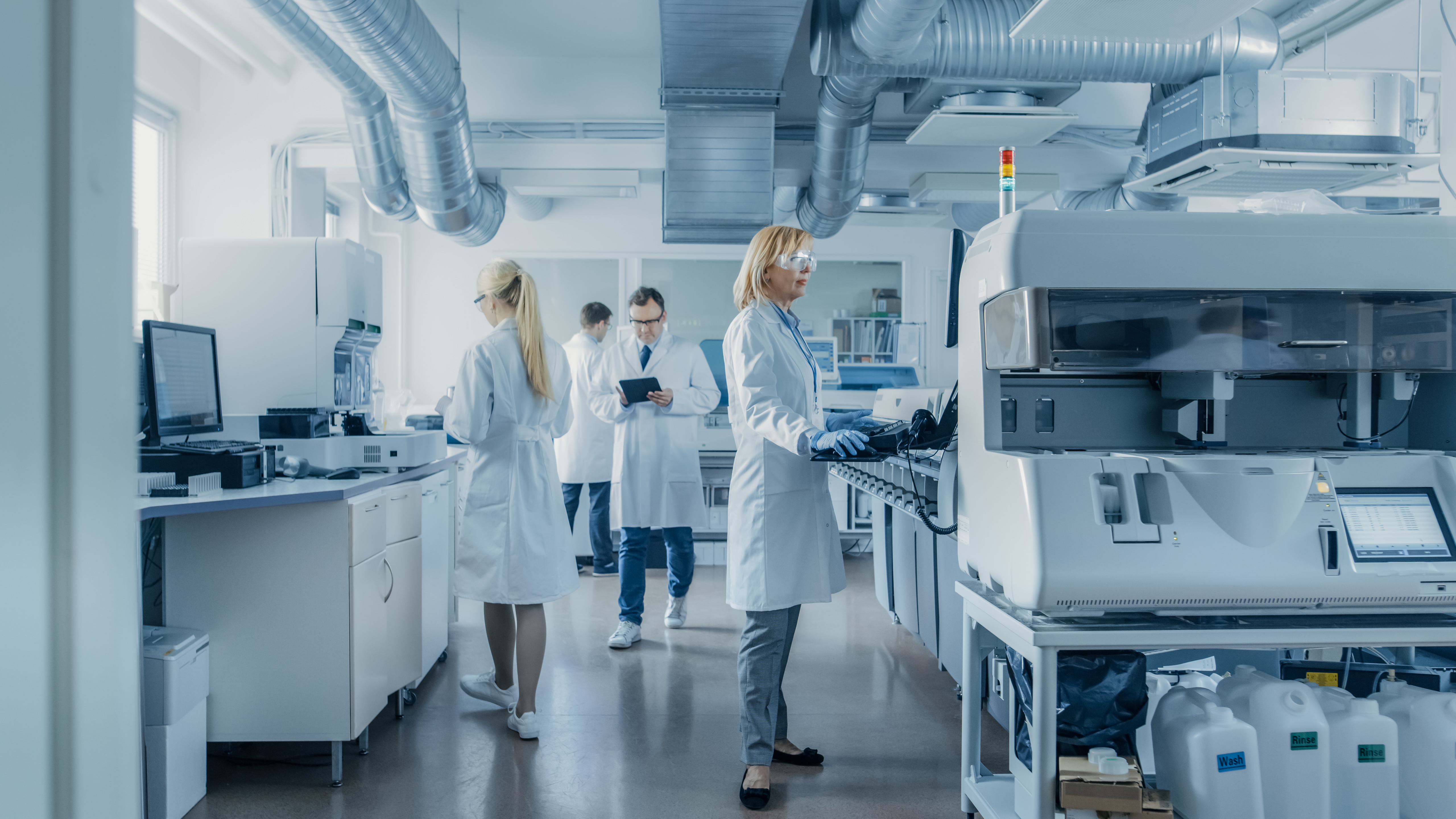 Internal Air Quality in a Laboratory